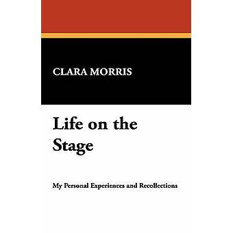 Leven in het werkgebied door Morris & Clara