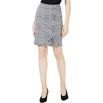 Project 28 NYC | Lace-up Pencil Skirt
