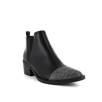 Report | Zerega Booties