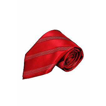 Red tie PA15