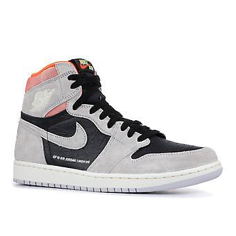Air Jordan 1 Retro hög Og 'Grå Crimson' - 555088-018-skor