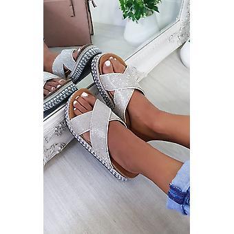 IKRUSH Mulheres Darcie Woven Flatform Diamante Sandals
