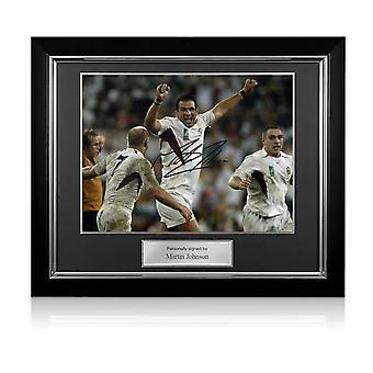 مارتن جونسون وقعت انكلترا 2003 كأس العالم للرجبي الصورة : صافرة النهائي. إطار ديلوكس