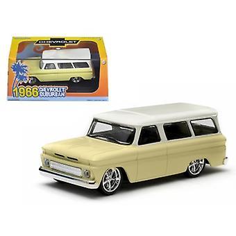1966 Chevrolet Suburban Yellow 1/43 Diecast Car Model par Greenlight