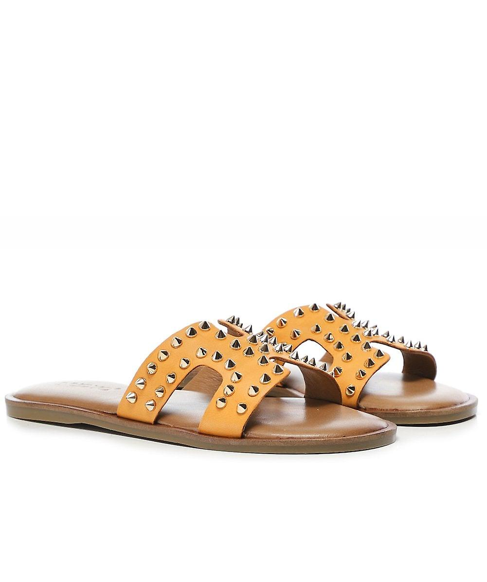 Inuovo Leather Studded Sliders 9joeS