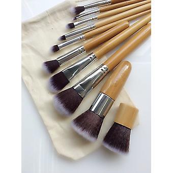 10 st. professionella bambu sminkborstar