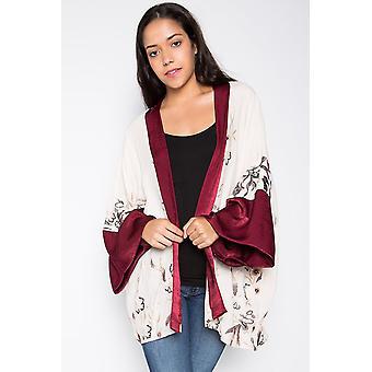 Kimono brodé avec manches en soie