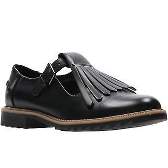 كلاركس غريفين ميا النساء واسعة هامشية تي بار الأحذية
