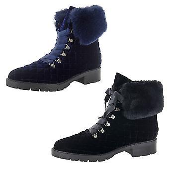 Isaac Mizrahi Live Womens Leanna Velvet Hiker Boots