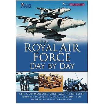 Royal Air Force giorno per giorno