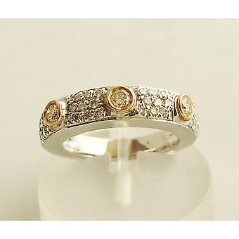 14 carat bicolor gold ring with brilliants