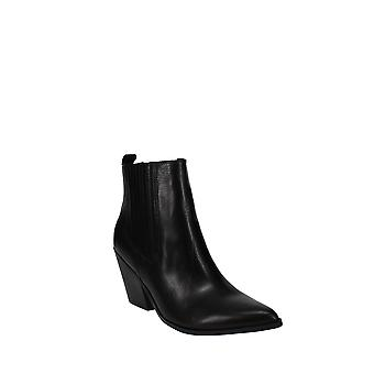 Nine West | Lexa Western Ankle Booties