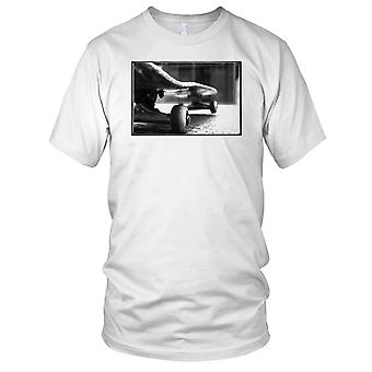 Schließen sich Skateboard - B&W Skater Skateboard Kinder-T-Shirt