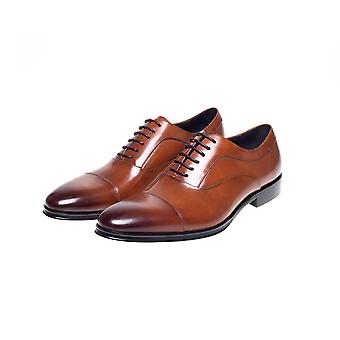 Guildhall Tan Capped Oxford Shoes
