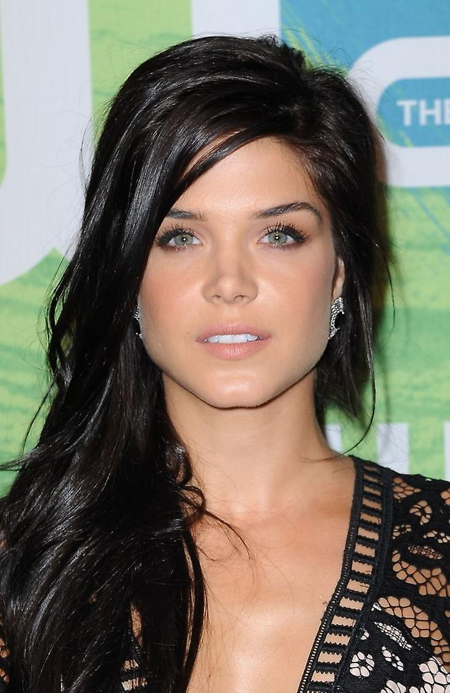 The 100 PL: Marie Avgeropoulos na CW Upfront 2015.