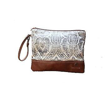 Wyoming Zip Clutch Bag Tan