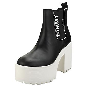 Tommy Jeans Chelsea Cleated Heel Womens Chelsea Boots in Black White