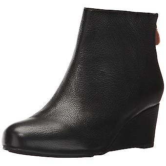 Gentle Souls by Kenneth Cole Women's Vicki Low Wedge Bootie Leather Ankle Boo...