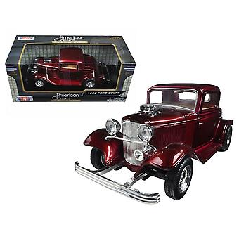 MotorMax American Classics - 1932 Ford Coupe Red Metallic Scoop - 1:24