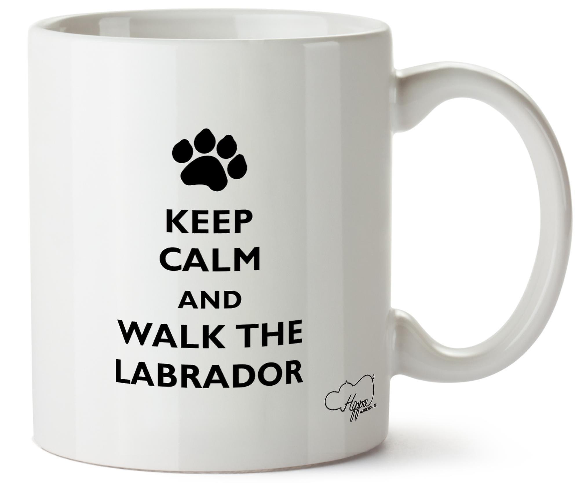 Hippowarehouse сохранить спокойствие и ходьбы собак Лабрадор печатных Кубка керамическая кружка 10oz