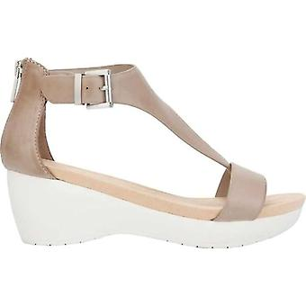 Kenneth Cole Reaction Womens New Gal Leather Split Toe Casual T-Strap Sandals