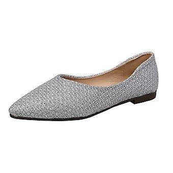 New Style Shoes With Flat And Pointed Toes