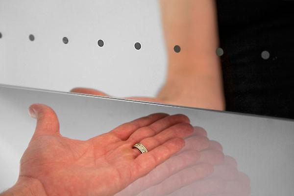 Leon ultra-plat LED salle de bain miroir avec désembuage Pad & capteur k162