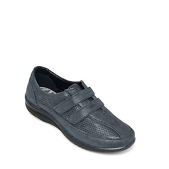Cushion Walk Ladies Leisure Shoe Touch And Close