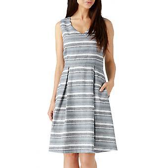 Sugarhill Boutique naisten ' s Piper kuvioitu istuvuus & Flare mekko