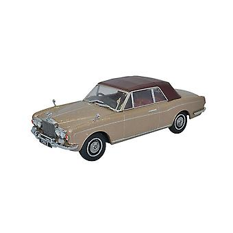Rolls Royce Corniche Convertible Closed Roof Diecast Model Car