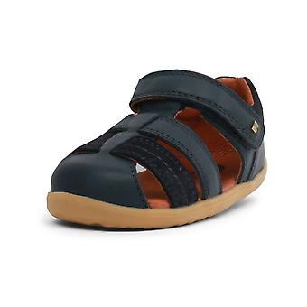 Bobux step up roam navy closed sandals