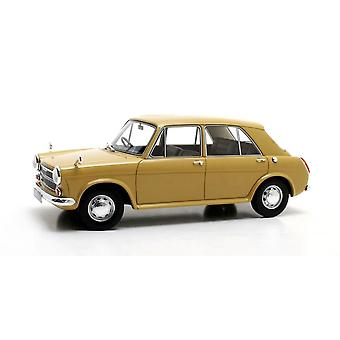Austin 1100 (1969) in Glider Yellow (1:18 scale by Cult Scale Models CML080-1)