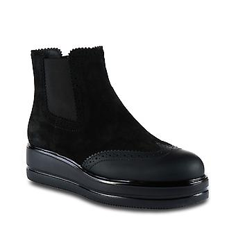 Hogan Women's platform brogues ankle boots in black suede with side elastic bands