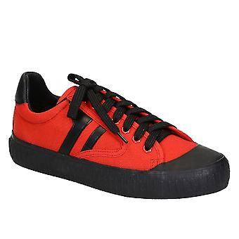 C�line women's low top sneaker shoes in red canvas