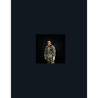 Maidan - Portraits from the Black Square - Anastasia Taylor-Lind by Go
