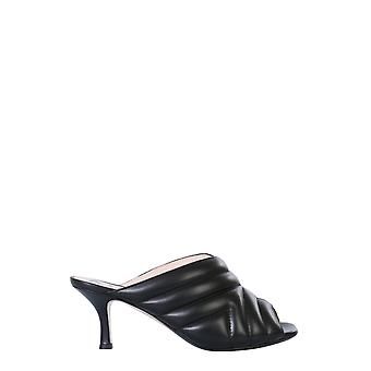 N°21 N220i804201570999 Women's Black Leather Slippers