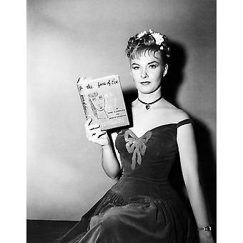 Julkisuutta laukaus tähden Joanne Woodward jolla kopio Bestseller Eve 1957 Tm ja tekijänoikeuden 20Th Century Fox Film Corp kolme kasvot kaikki oikeudet pidätetään valokuvatulostus