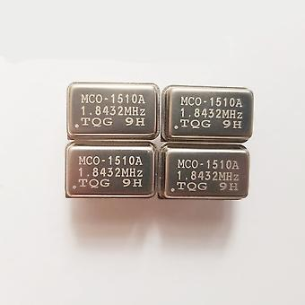 1.8432mhz En ligne Active Crystal Osc Dip-4 Horloge rectangulaire