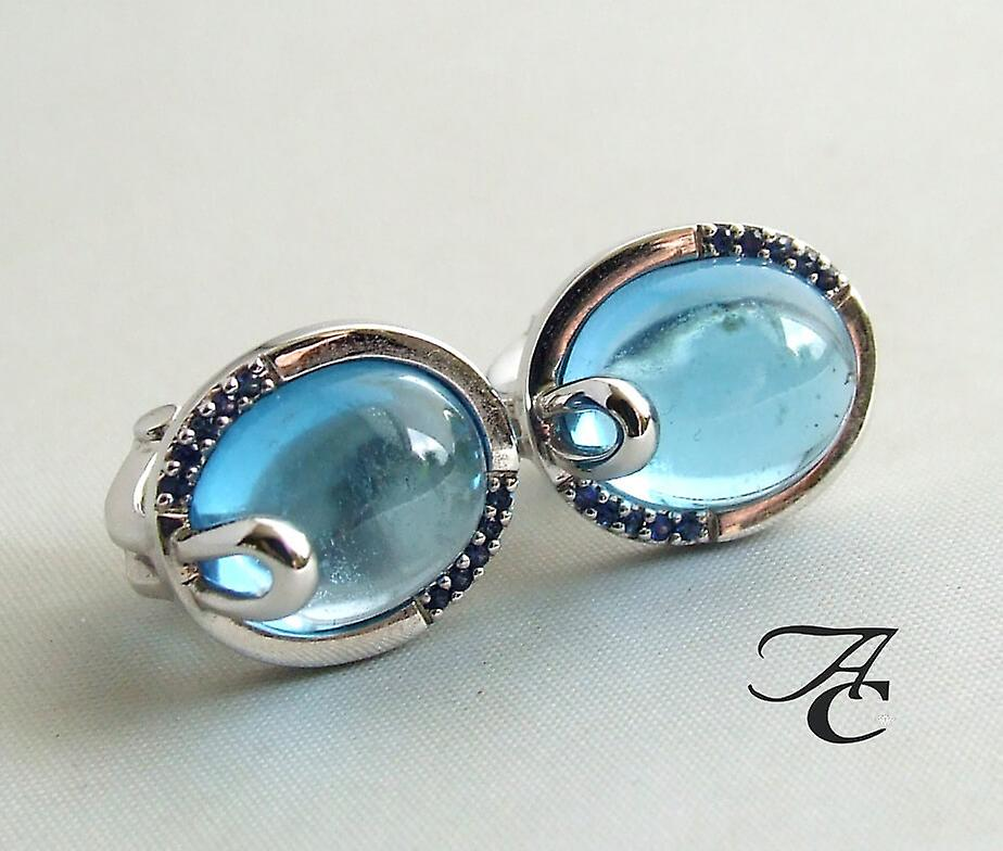 White gold earrings with Topaz and diamond