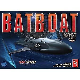 AMT 1:25 Batman Batboat malli