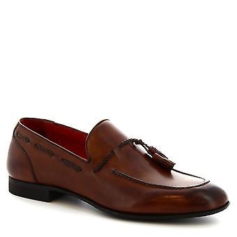 Leonardo Shoes Men's handmade round toe tassel loafers in brandy calf leather