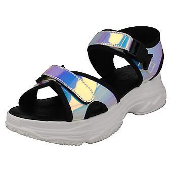 Spot Dames Sur les sandales sportives F10901