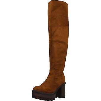 Different Boots 8138 Color Camel