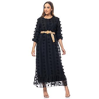 Long dress with embroidery flowers and raffia belt