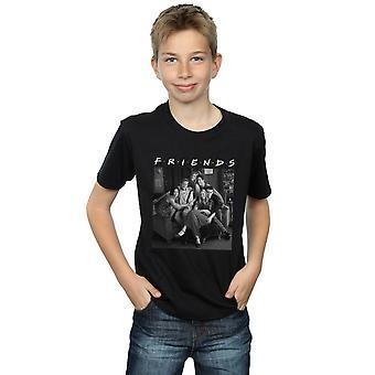 Amigos rapazes camiseta de foto preto e branco