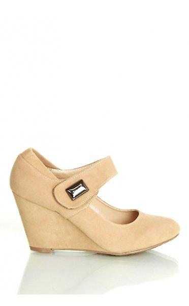 Kylie Wedge Shoes In Beige