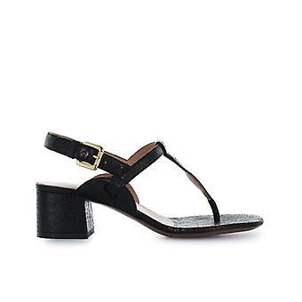 L'autre Chose Black Cracklé Thong Sandal