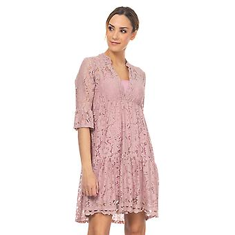 V-neck lace dress with 3/4 flared sleeve