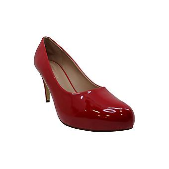 Madden Girl Women's Shoes Jelsey Closed Toe Classic Pumps