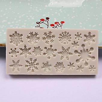 Christmas Snowflake Pattern Silicone Mold Chocolate Cake Baking Kitchen Tools